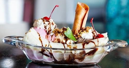 black-forest-rum-banana-split