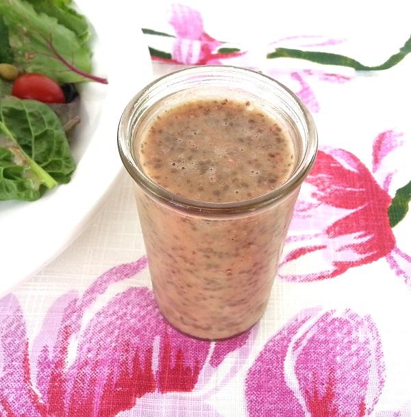 chia-seed-healthy-salad-dressing
