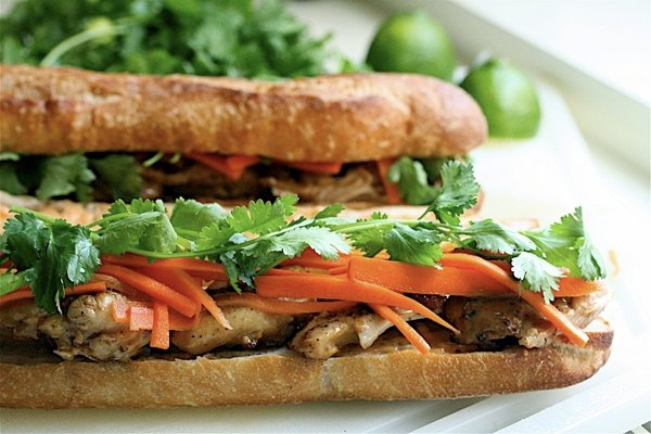 Chicken-Banh-Mi