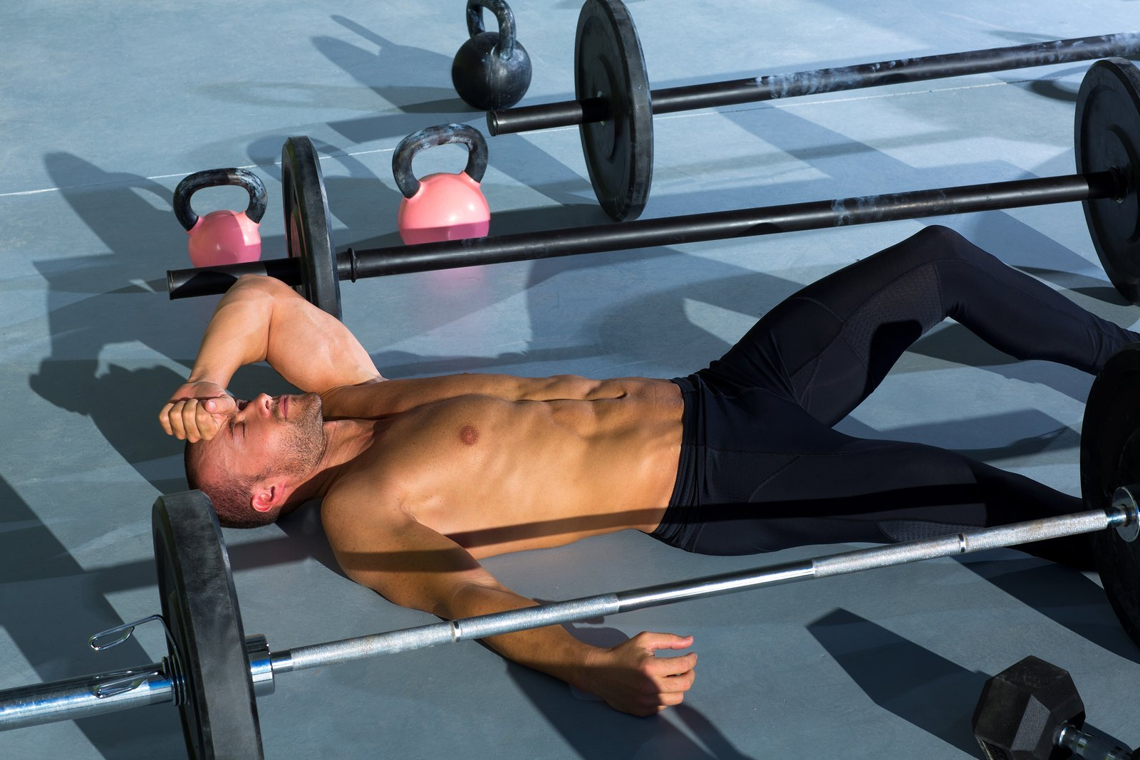 How Training to Failure Can Help You Build More Muscle (And How It Can Hinder It Too)