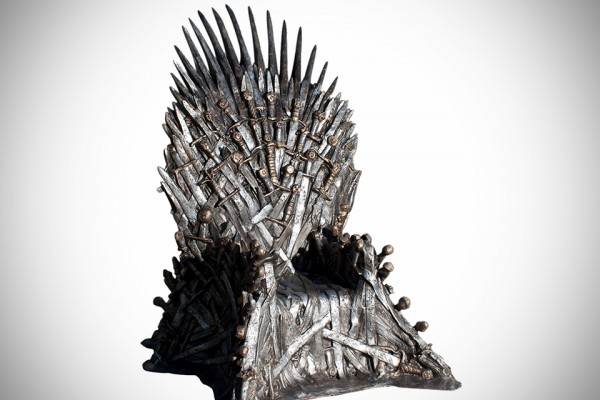game-of-thrones-lifesize-replica