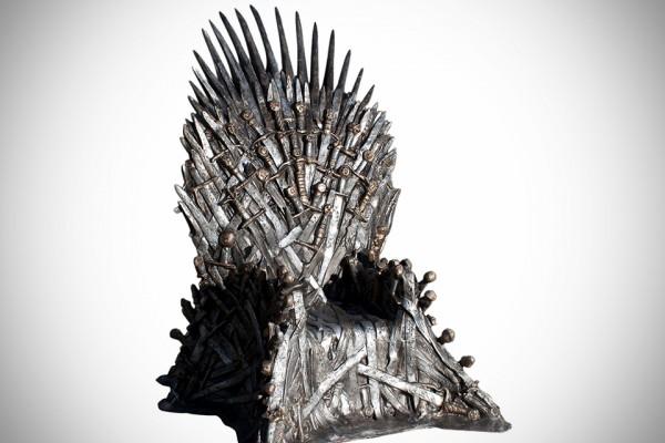 game-of-thrones-lifesize-replica