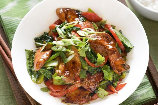 healthy-chicken-rhubarb-stir-fry