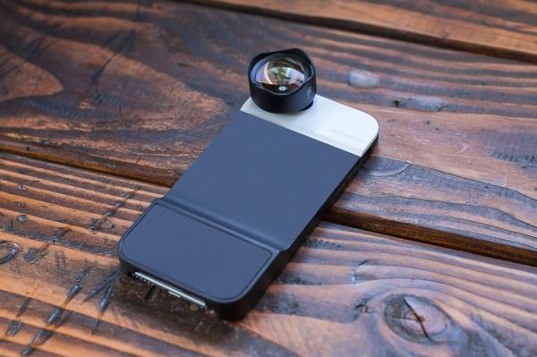 moment-mobile-case