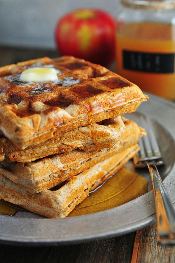 healthy-apple-cider-waffles