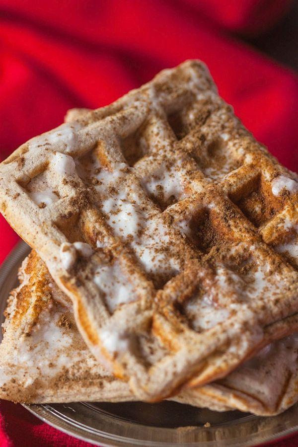 healthy-cinnamon-roll-waffles