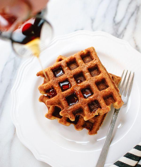 healthy-pumkin-spice-waffles
