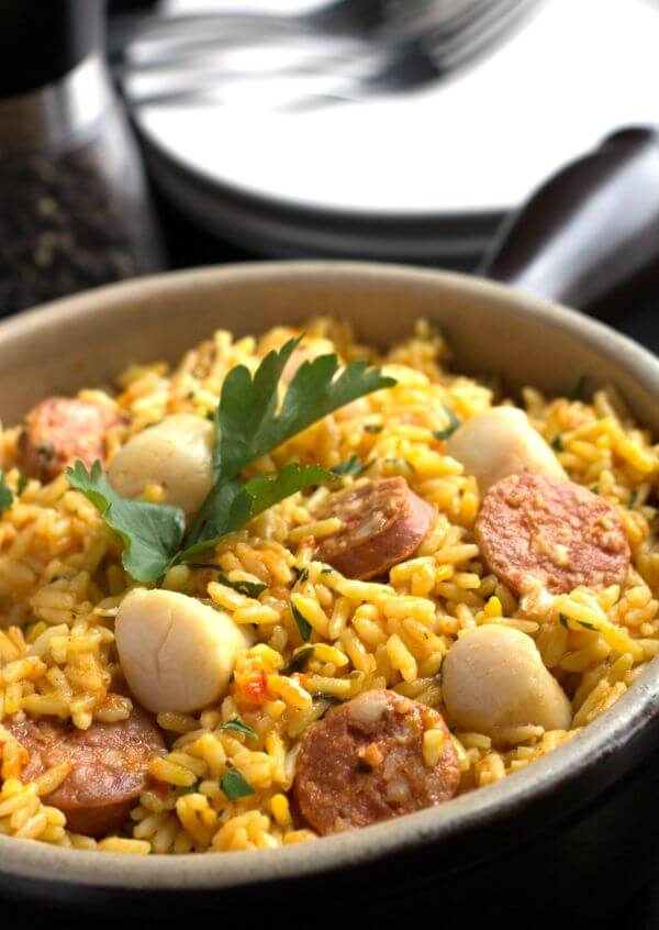 Chorizo-Scallops-Paella-recipe