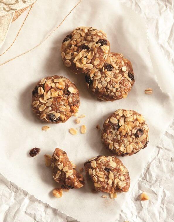 No-Bake-Oatmeal-Raisin-Cookies