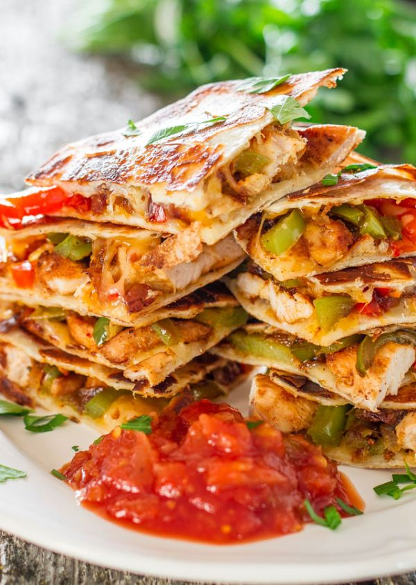 chicken-fajita-quesadillas-recipe