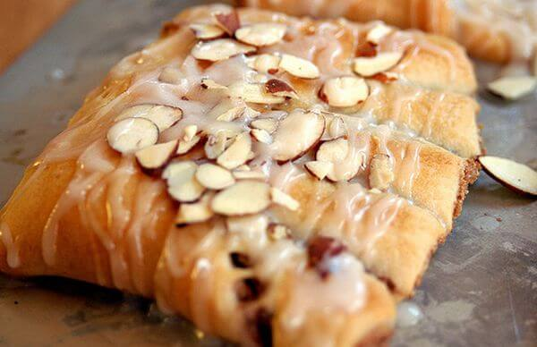 simple-bear-claw-donut-recipe