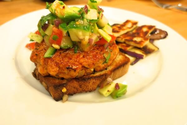 thai-salmon-burgers-recipe