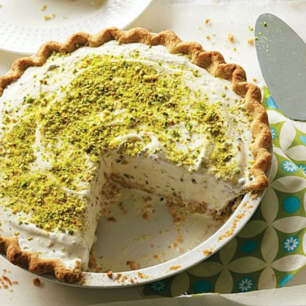 pistachio-ice-cream-pie