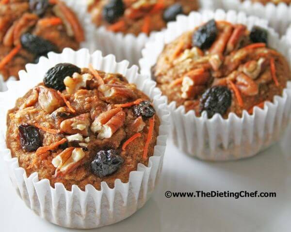 healthy-carrot-raisin-muffins
