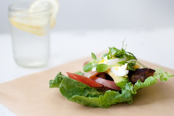 healthy bacon lettuce wraps