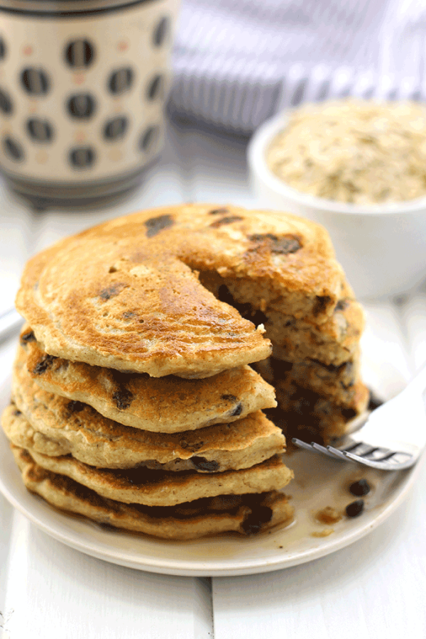 healthy chocolate chip pancakes