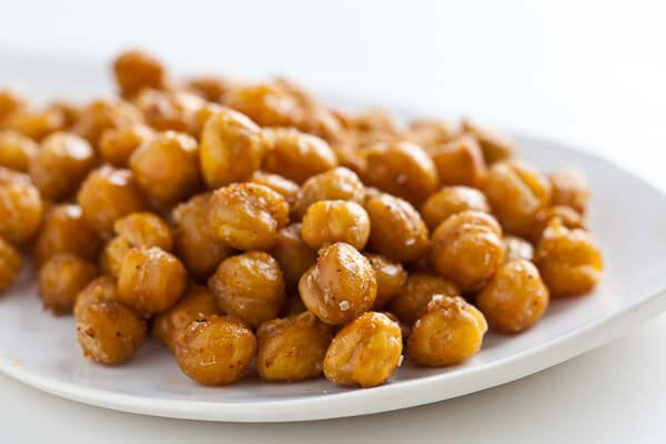 high protein roasted chickpeas