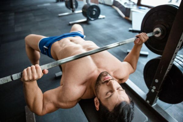 How to Spot the Bench Press