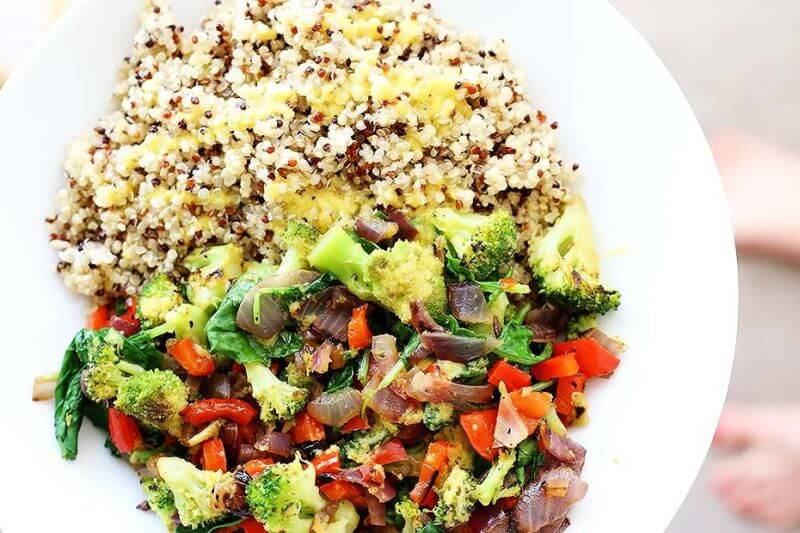 healthy Superfood Quinoa Bowl
