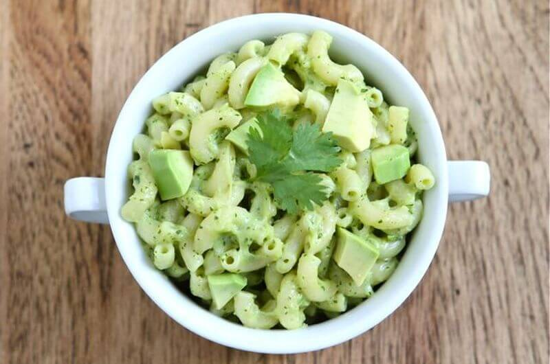 healthy avocado mac and cheese