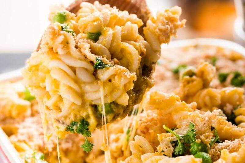 healthy bacon mac and cheese