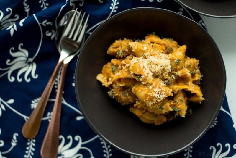 healthy pumpkin mac and cheese