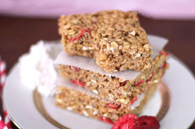 Healthy Strawberry Rice Crispy Treats