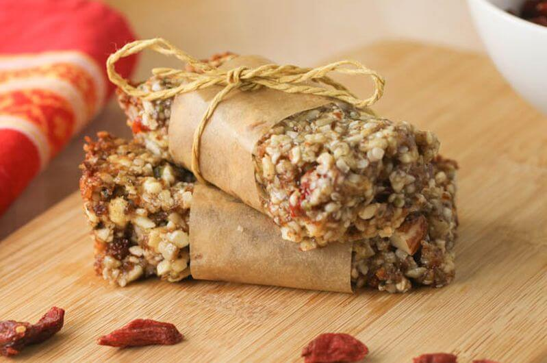 No Bake protein goji berry bars