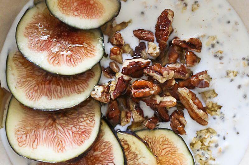 Overnight Oats with Fig recipe