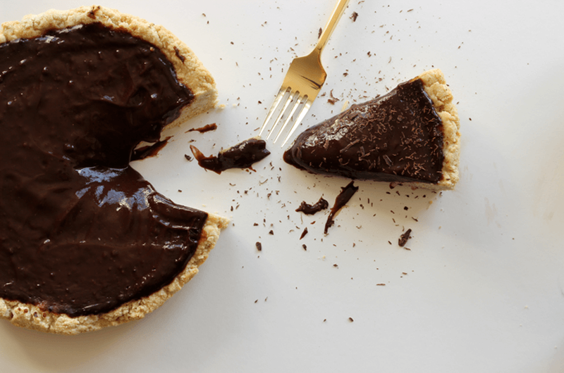 unbelievably healthy delicious and easy chocolate pudding pie
