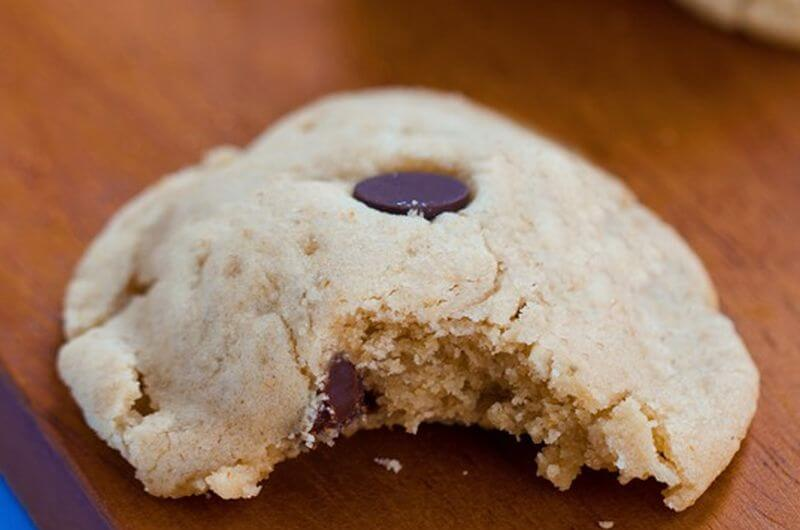 chocolate chip healthy cookie