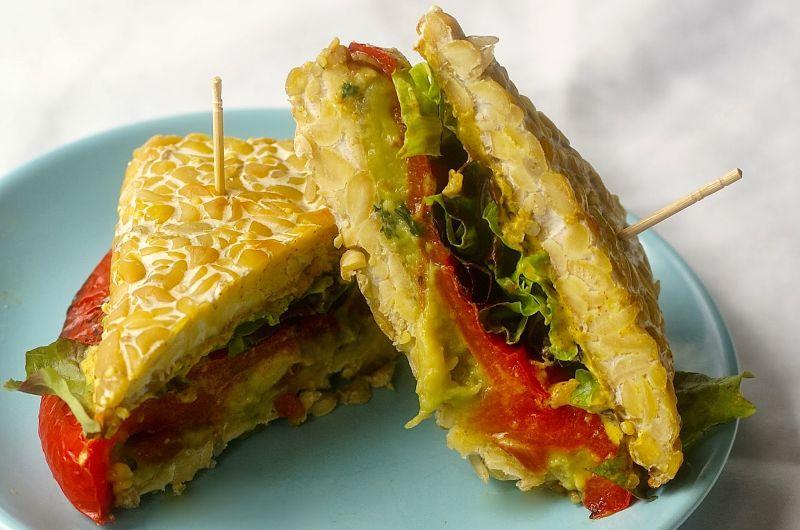 tempeh bread sandwich