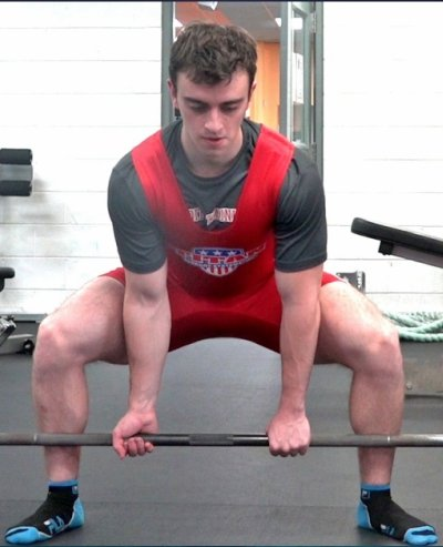 sumo deadlift form