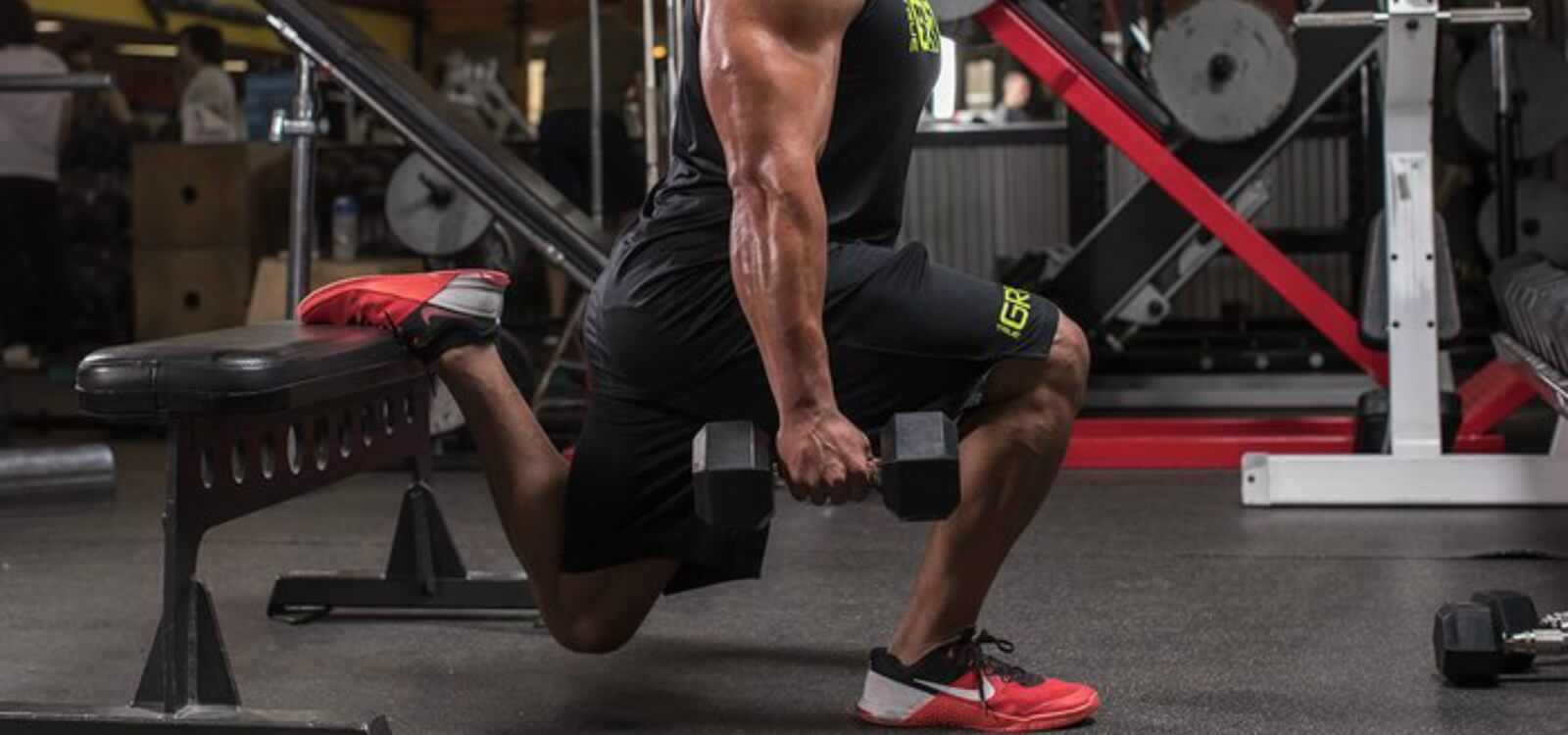 The Definitive Guide to the Bulgarian Split Squat (and the Best Variations!)