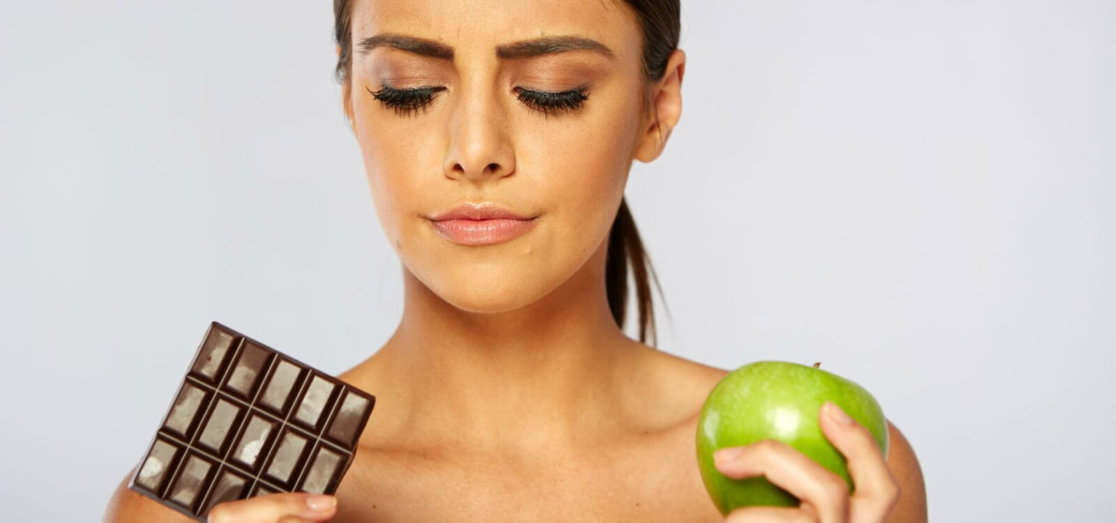 """Research Review: Can """"Cheating"""" on Your Diet Help You Lose Fat Faster?"""