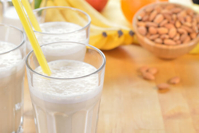 banana almond smootie