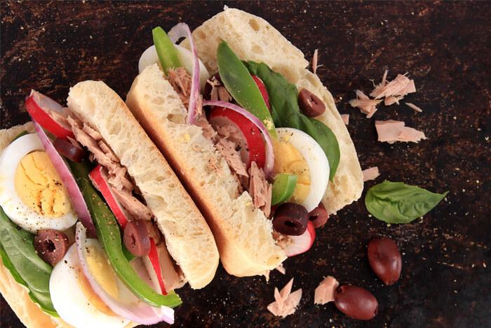 nicoise sandwich tuna bread