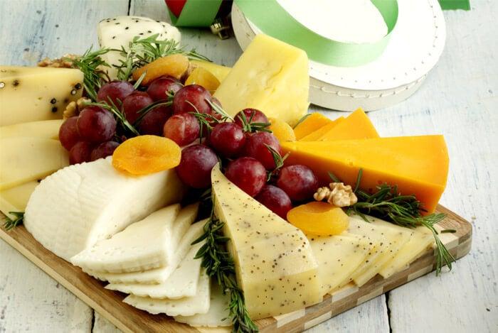 mixed cheese platter