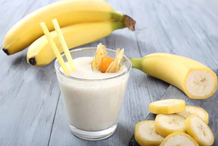 frozen banana smoothie drink