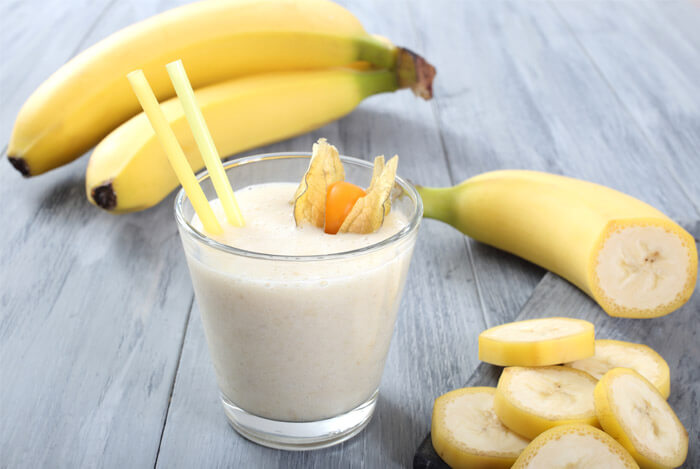 frozen banana smoothie drink