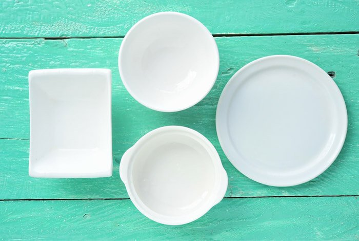 fasting empty plates bowls