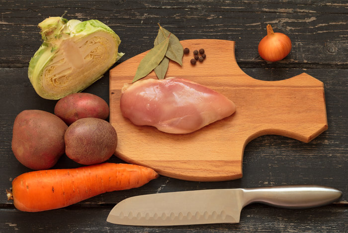protein vs vegetables knife board