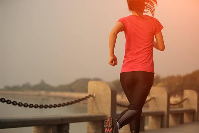 woman exercising jogging