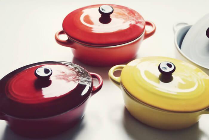 cast iron pots lids