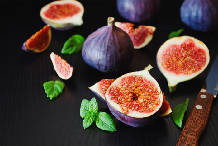 fresh figs sliced whole