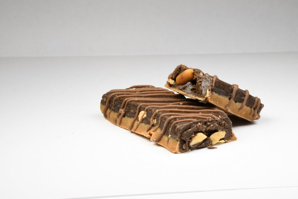 legion protein bar chocolate chip peanut butter