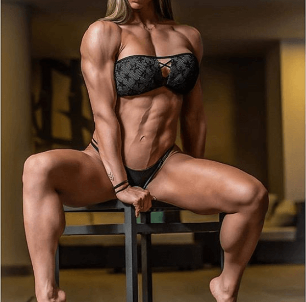 build muscle naturally women